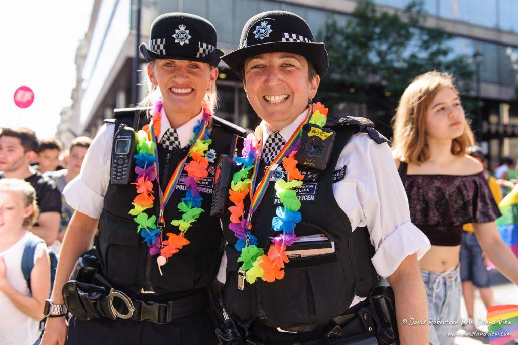 2 police officers at London Pride.